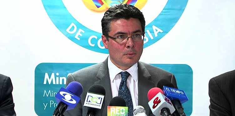Health Minister Alejandro Gaviria, one leader from Columbia who suggests a delay in pregnancy